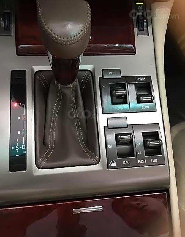 Xe Lexus GX 460 năm 2010, màu bạc, xe nhập đã đi 72000 km-3