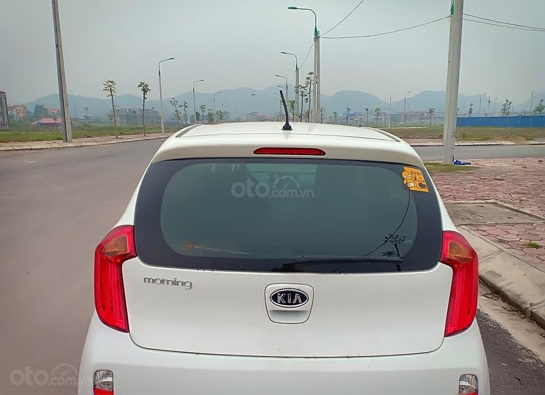 Bán xe cũ Kia Morning đời 2013, màu trắng, nhập khẩu chính chủ -1