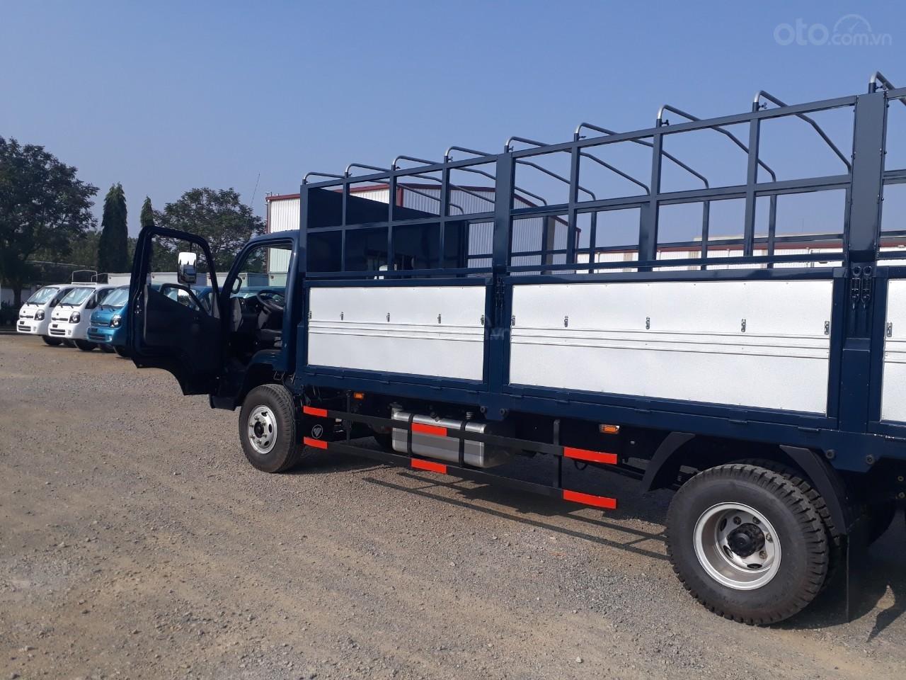 Giá xe tải Thaco Ollin 720 Trường Hải, tải trọng 7 tấn, thùng dài 6.2m (3)