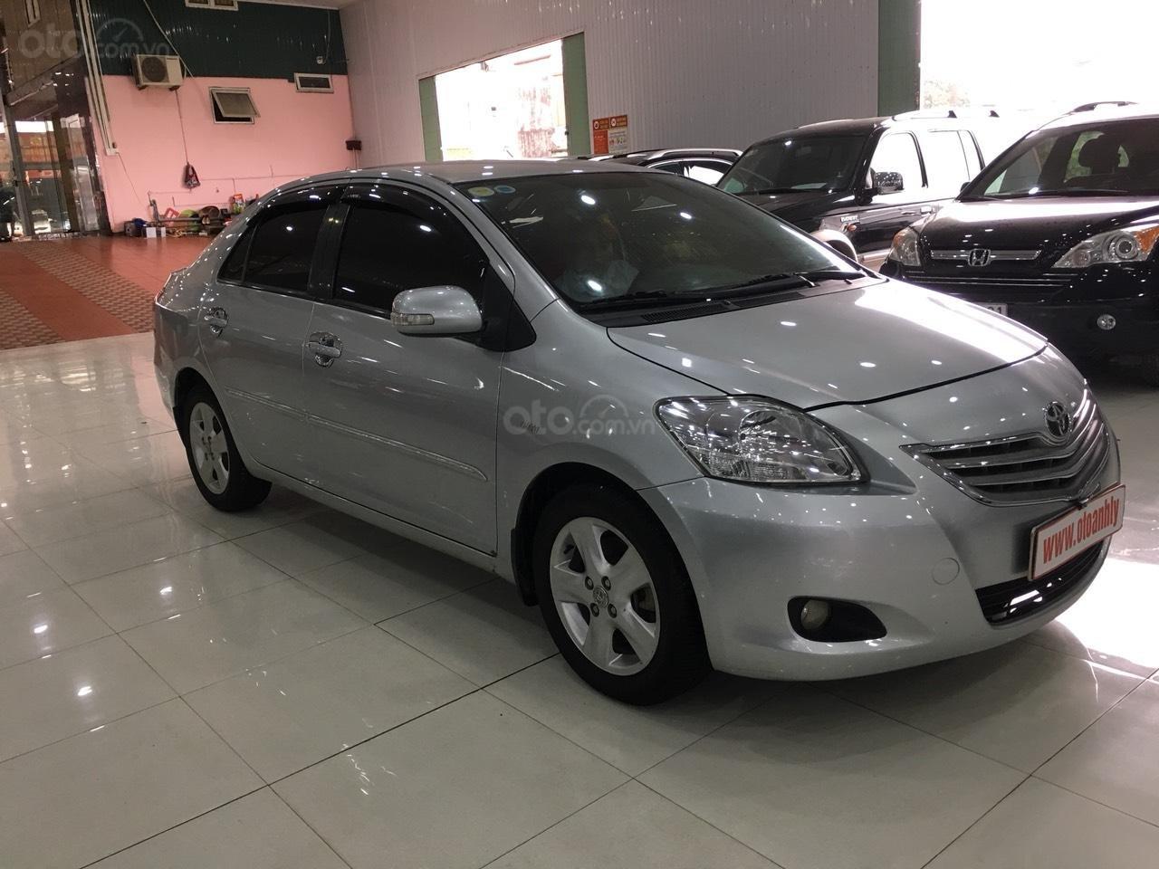 Bán Toyota Vios đời 2010, màu bạc, giá 325tr-2