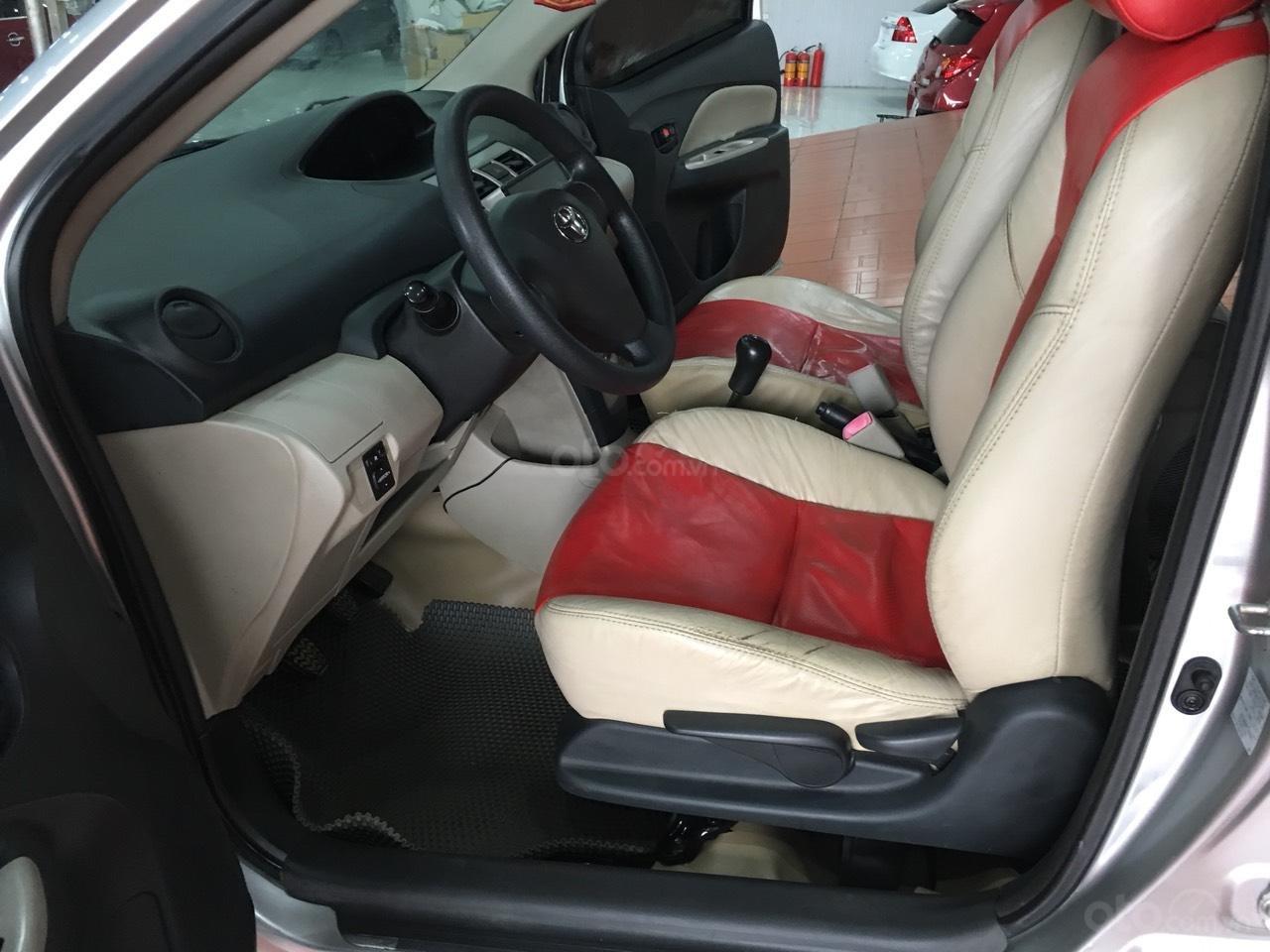 Bán Toyota Vios đời 2010, màu bạc, giá 325tr-4