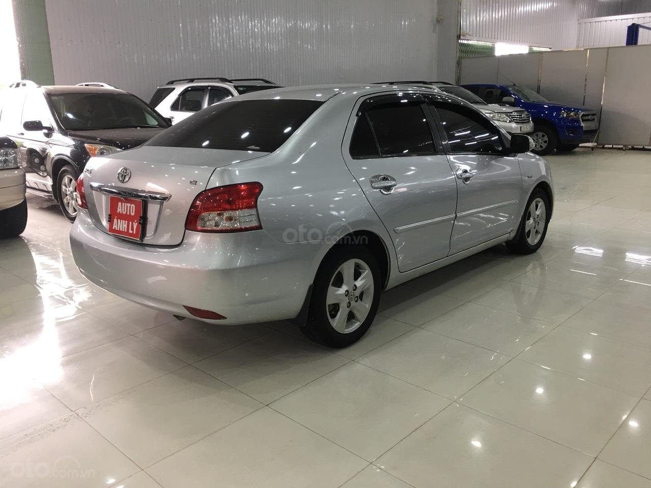 Bán Toyota Vios đời 2010, màu bạc, giá 325tr-3