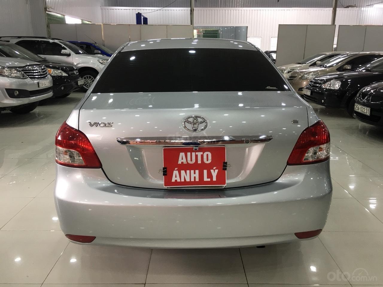 Bán Toyota Vios đời 2010, màu bạc, giá 325tr-9