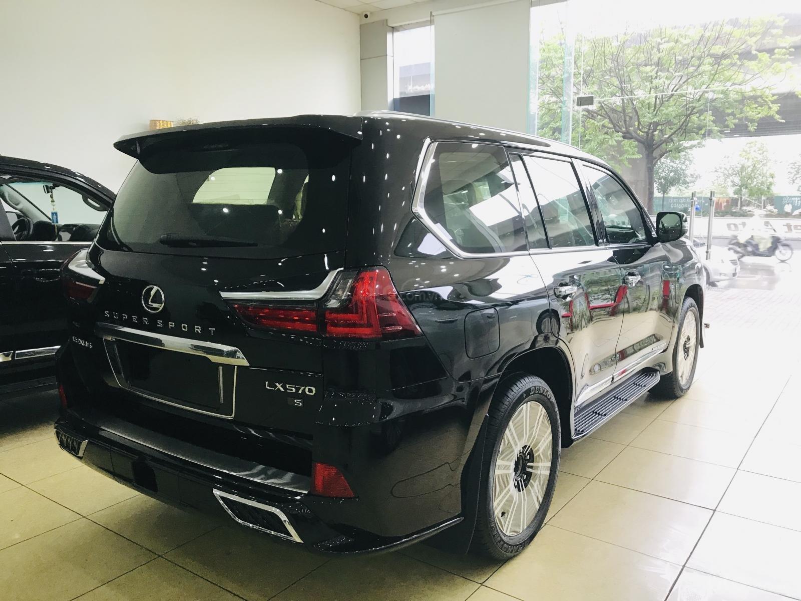 Bán Lexus LX570 Super Sport màu đen, sản xuất 2019, xe giao ngay, giá tốt - LH: 0906223838 (6)