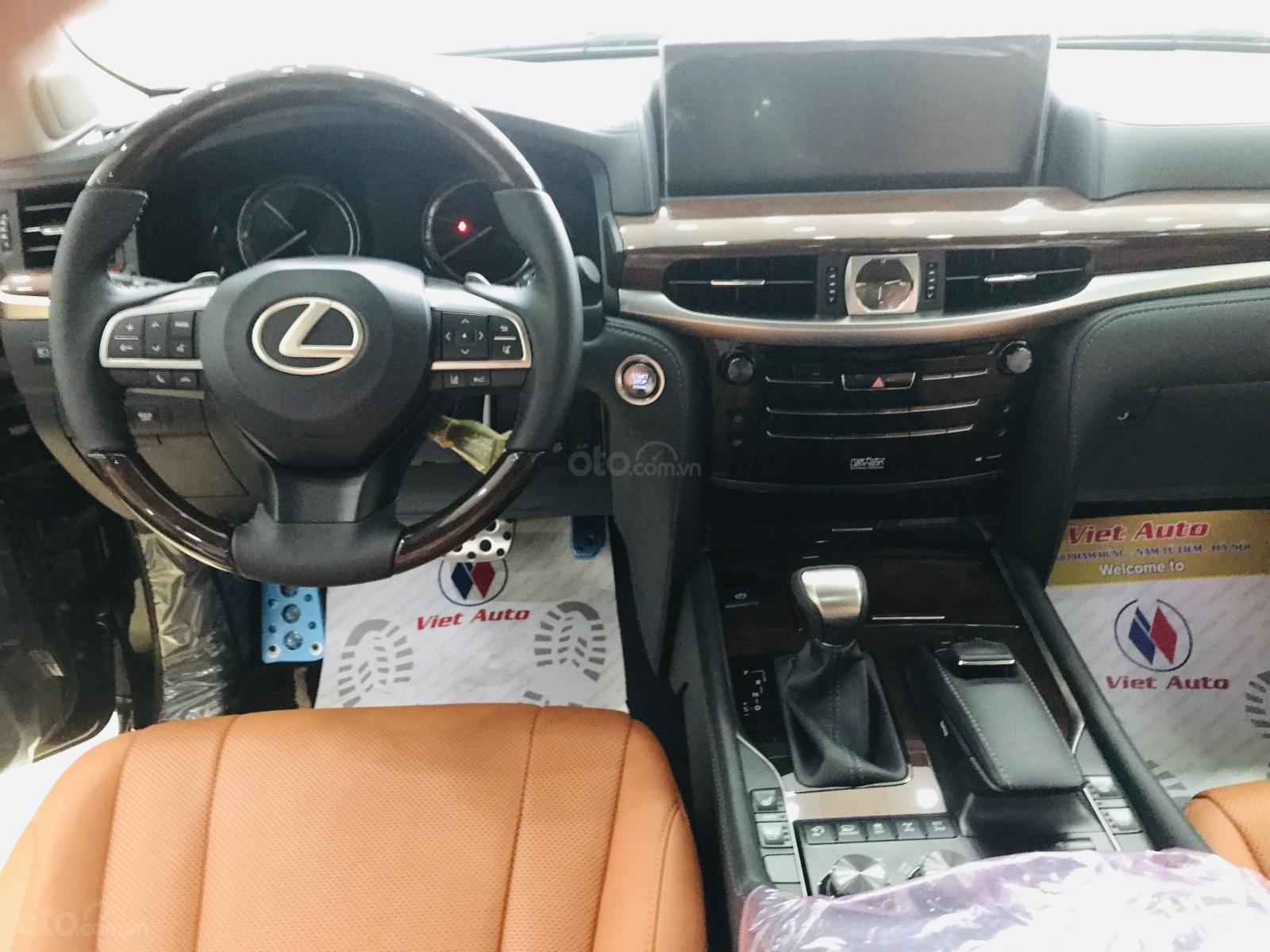 Bán Lexus LX570 Super Sport màu đen, sản xuất 2019, xe giao ngay, giá tốt - LH: 0906223838 (11)
