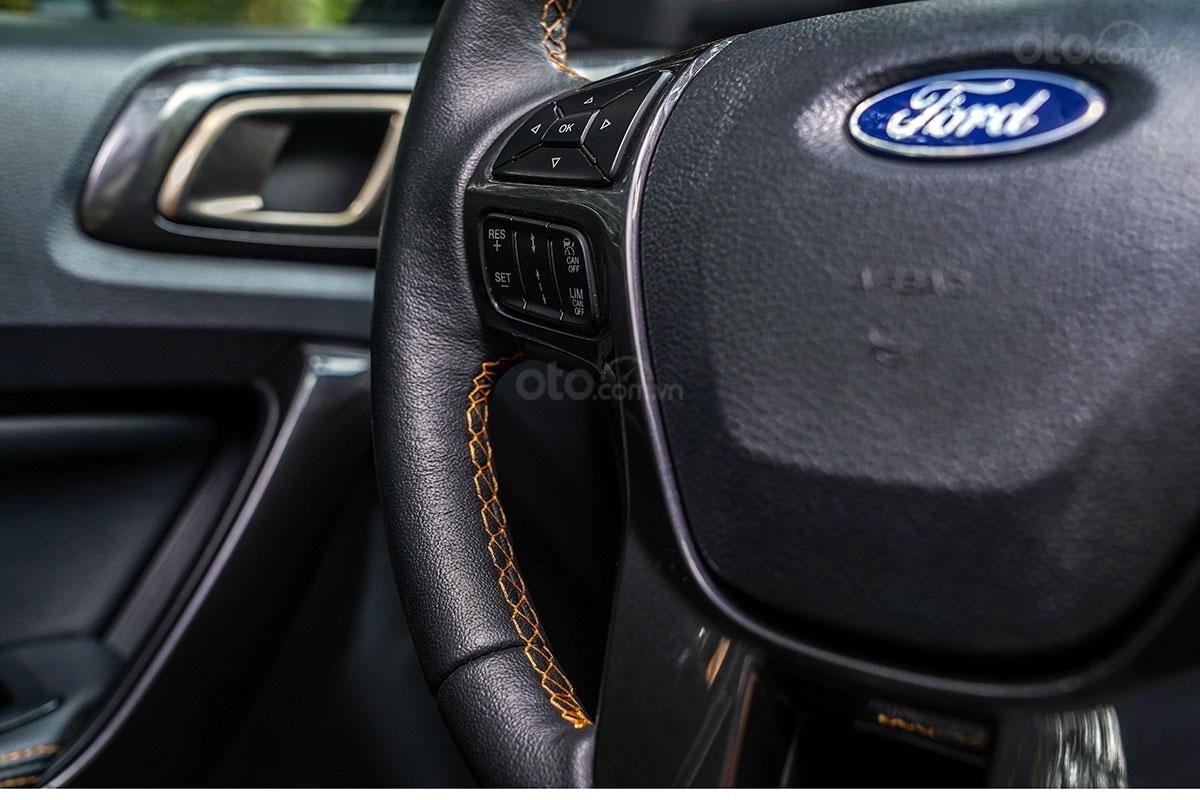 Nội thất Ford Ranger Wildtrak 4x4 2019: điểm nhấn chỉ khâu cam 5.