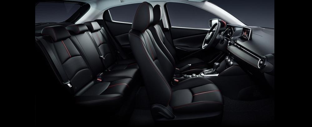 Nội thất Mazda 2 2018