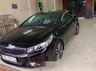 Cần bán xe Kia Cerato sản xuất năm 2016, màu đen-1