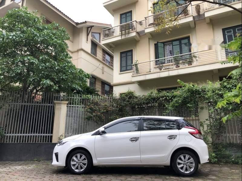 Bán xe Toyota Yaris G 1.5AT đời 2017, màu trắng, nhập khẩu chính chủ-0