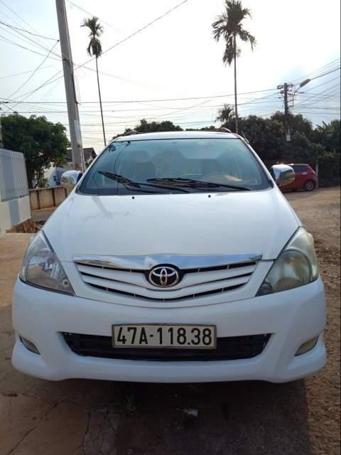 Bán Toyota Innova sản xuất năm 2010, màu trắng, xe nhập chính chủ-3