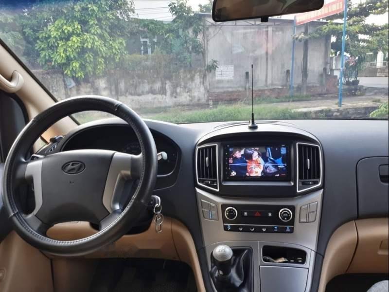 Bán ô tô Hyundai Grand Starex đời 2016, màu bạc, nhập khẩu nguyên chiếc số sàn-5