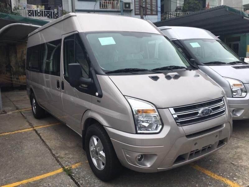 Cần bán Ford Transit đời 2019-0