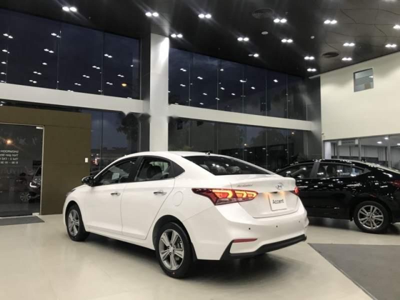 Bán xe Hyundai Accent 1.4 MT Base 2019, màu trắng, nhập khẩu, 430tr-5