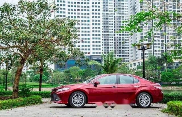 Bán Toyota Camry năm sản xuất 2019, màu đỏ, nhập khẩu-5