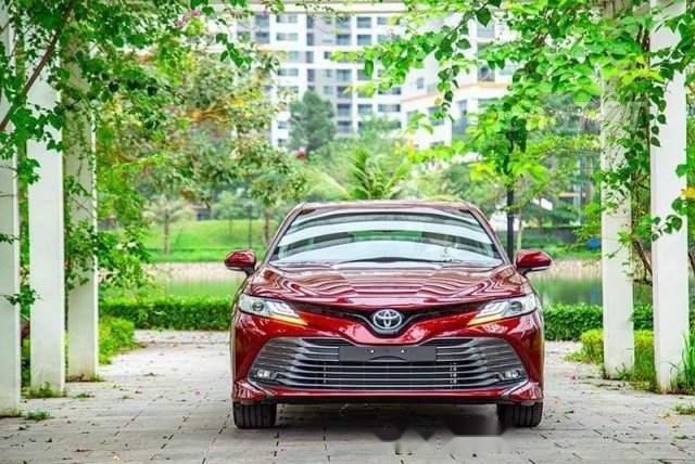 Bán Toyota Camry năm sản xuất 2019, màu đỏ, nhập khẩu-4