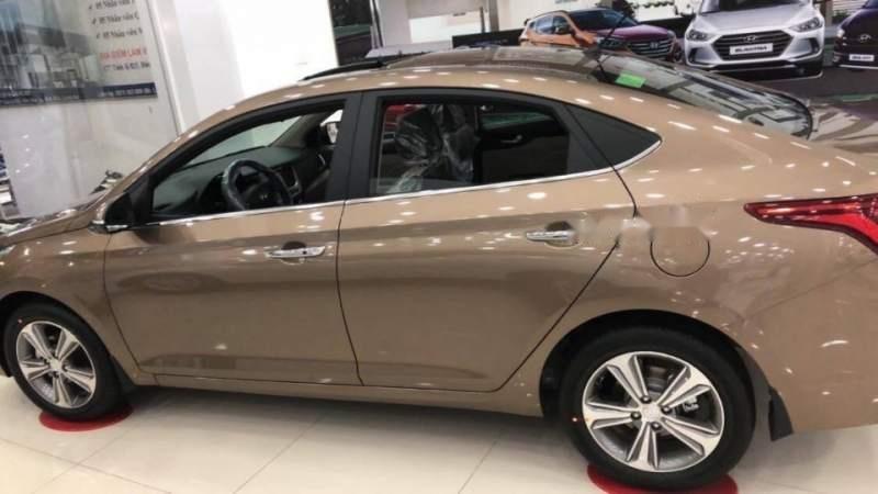 Bán xe Hyundai Accent sản xuất 2019, màu nâu-1