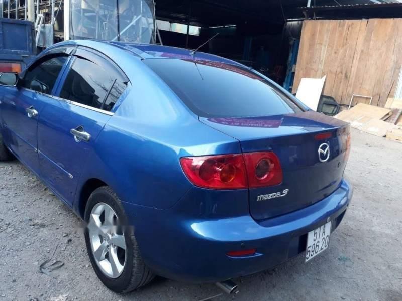 Bán Mazda 3 năm sản xuất 2004, màu xanh lam, xe nhập-1