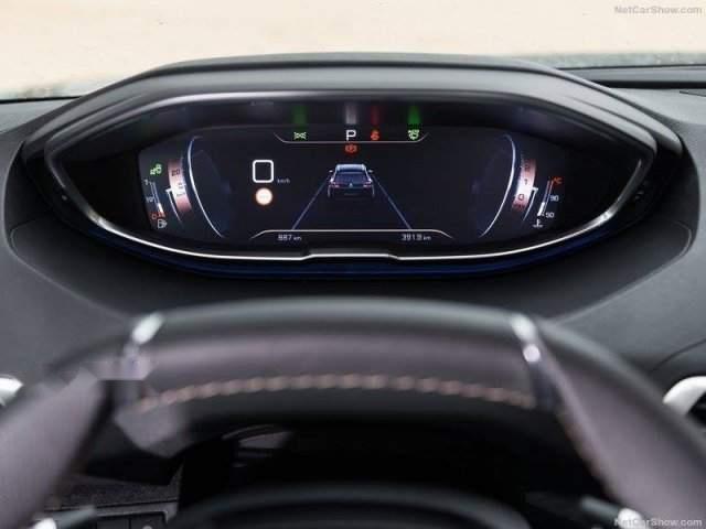 Bán xe Peugeot 5008 đời 2019, màu đen, nhập khẩu  -4