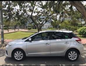 Bán Toyota Yaris G năm sản xuất 2016, màu bạc, nhập khẩu  -0