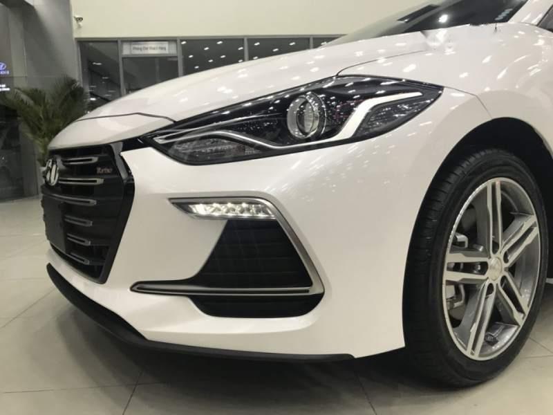 Bán xe Hyundai Elantra Sport 2019, màu trắng, xe nhập giá cạnh tranh-0