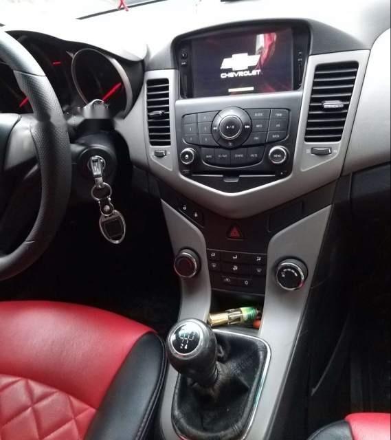 Cần bán lại xe Chevrolet Cruze năm 2012, màu bạc-2