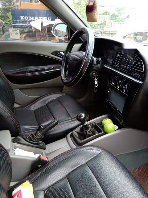 Cần bán Daewoo Nubira sản xuất 2004, màu bạc, nhập khẩu nguyên chiếc, giá tốt-3