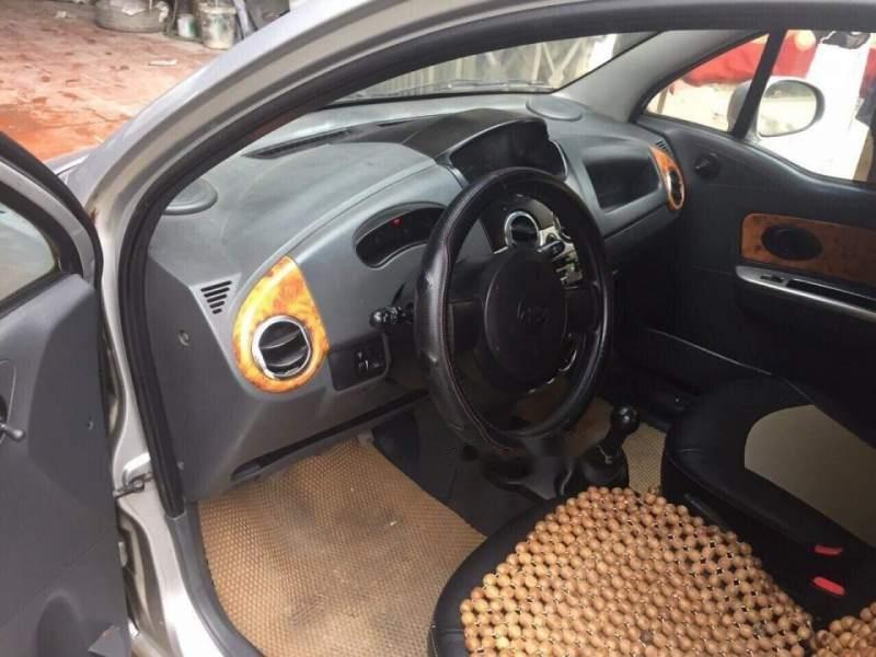 Cần bán gấp Chevrolet Spark đời 2011, màu bạc, giá 120tr (5)