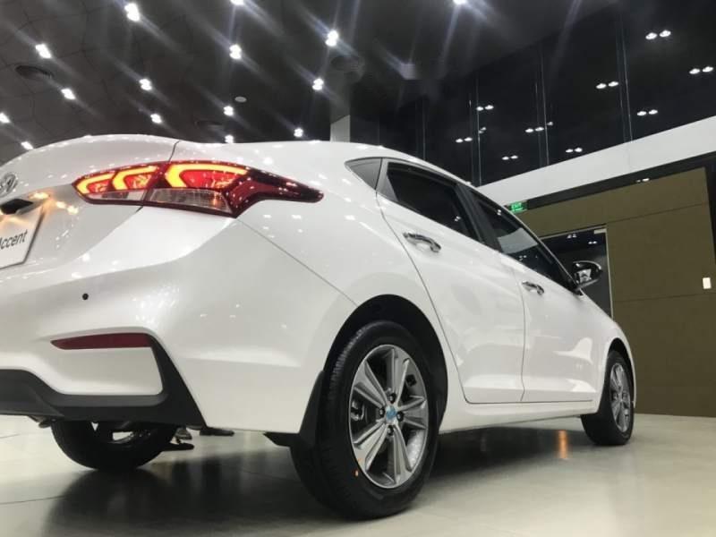 Bán xe Hyundai Accent 1.4 MT Base 2019, màu trắng, nhập khẩu, 430tr-4