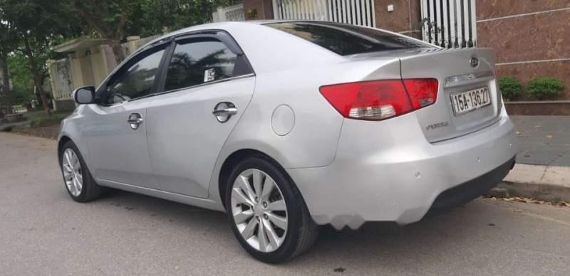 Bán xe Kia Forte đời 2009, màu bạc, nhập khẩu, 339 triệu-3