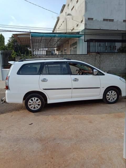Bán Toyota Innova sản xuất năm 2010, màu trắng, xe nhập chính chủ-0
