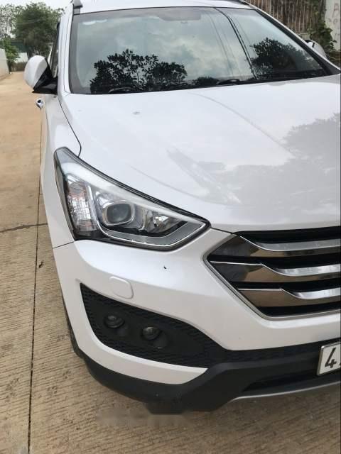 Bán xe Hyundai Santa Fe sản xuất 2015, màu trắng, 885tr-0
