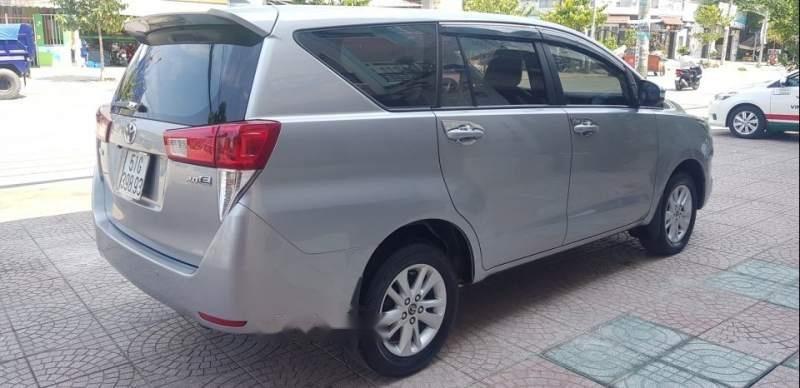 Bán xe Toyota Innova đời 2017, màu bạc, 678tr-3