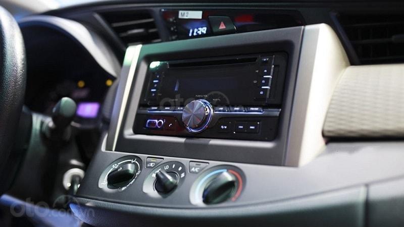 Toyota Innova 2019 số sàn - khuyến mãi lớn, trừ tiền và phụ kiện - Trả góp từ 6tr/tháng. LH 0942.456.838 (8)