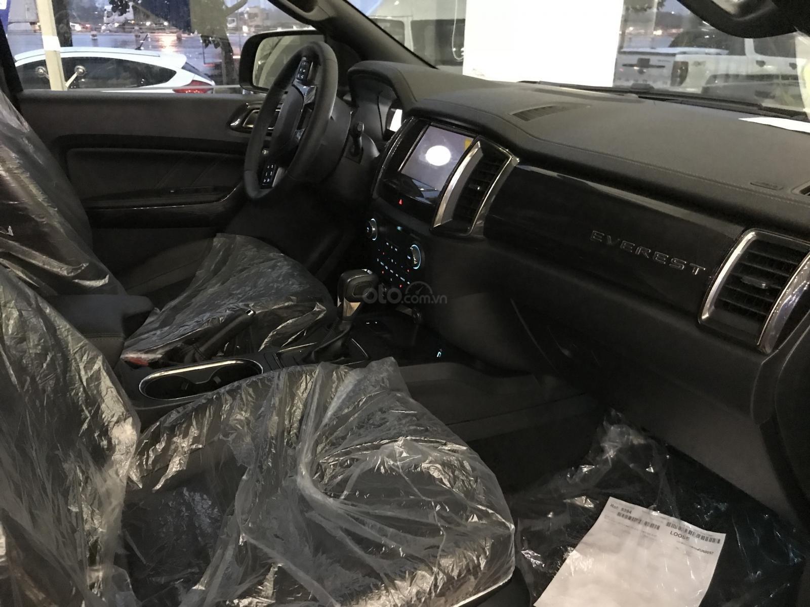 Ford Everest Titanium 2019 giao ngay, tặng PK, hỗ trợ trả góp, Lh 0934799119-4