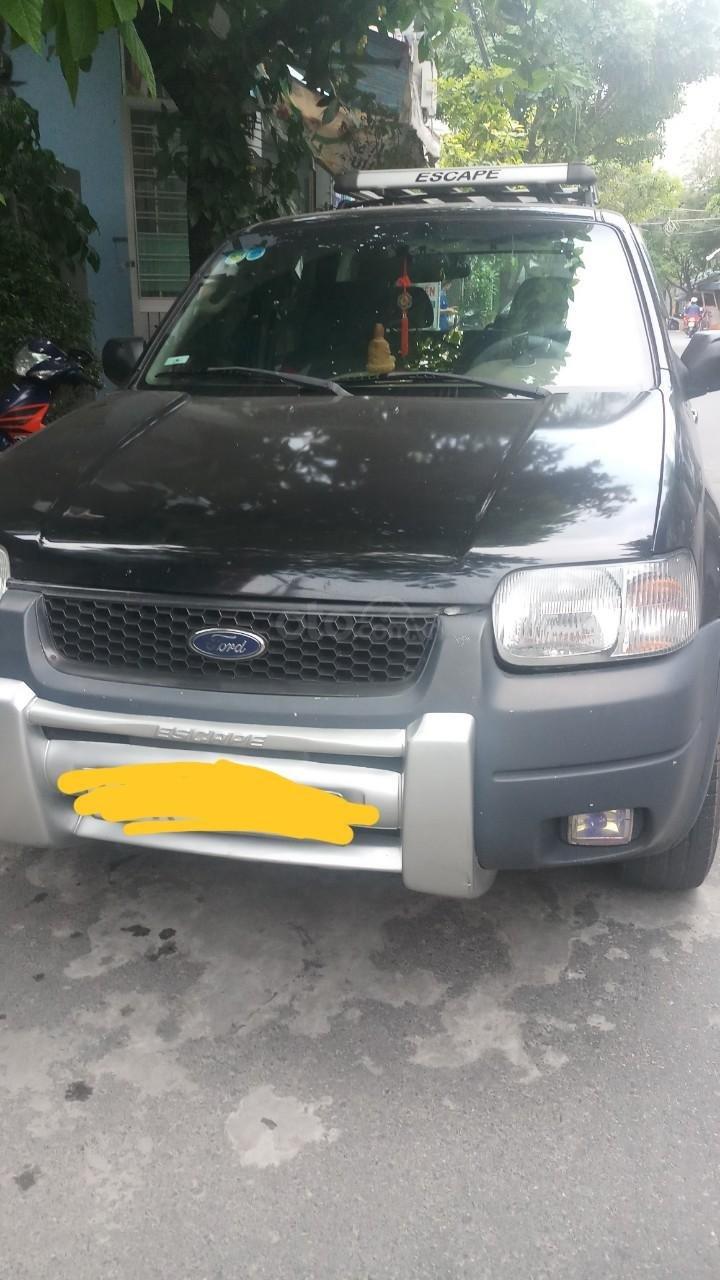 Bán ô tô Ford Escape sản xuất năm 2004, màu đen, tiết kiệm nhiên liệu-1