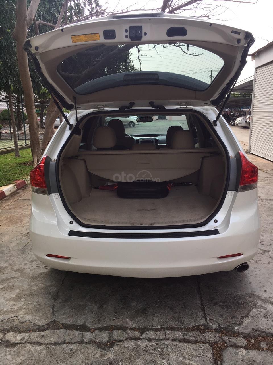 Cần bán 01 xe Toyota Venza, xe nhà it đi, nội thất ok-2
