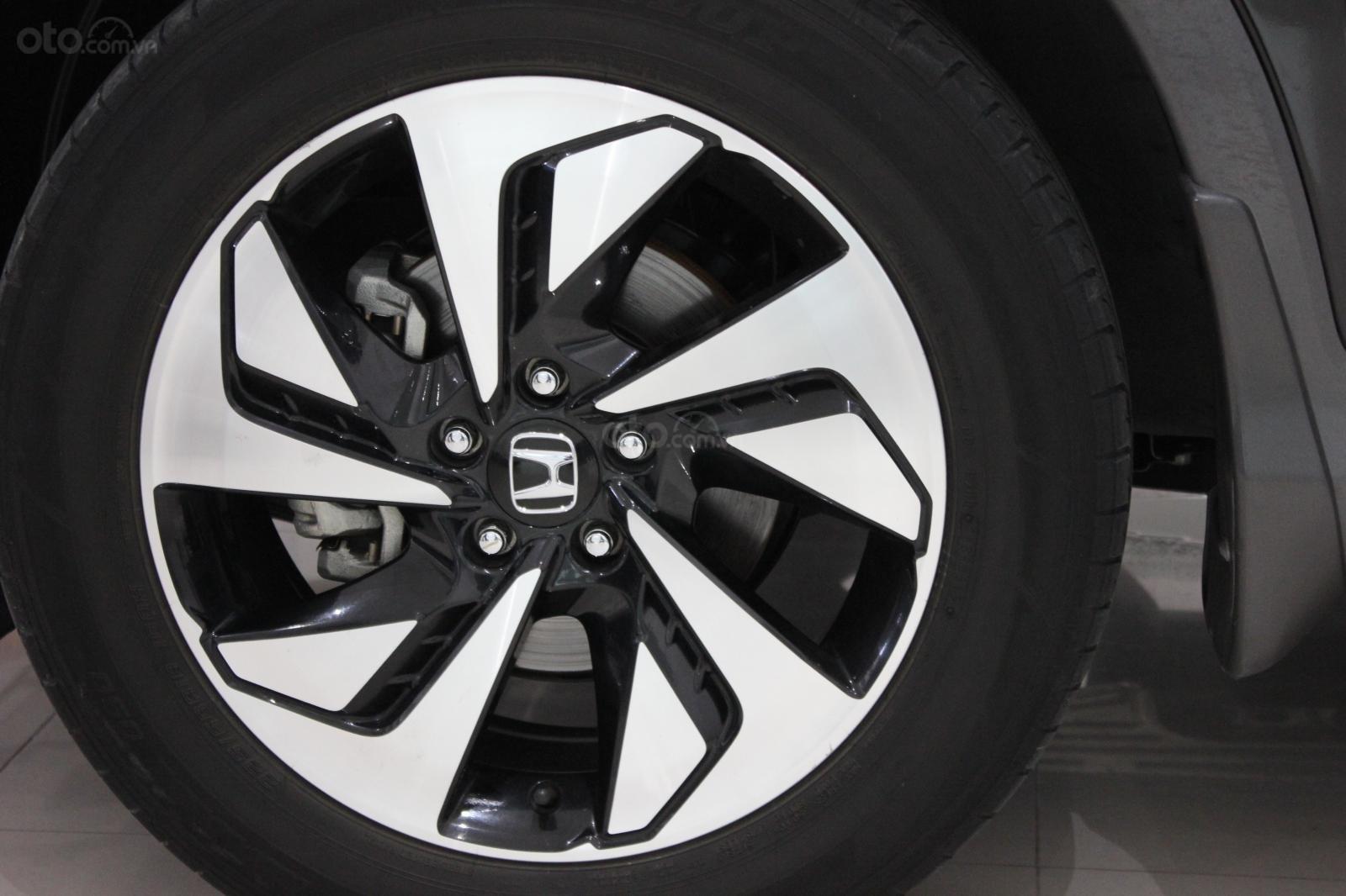 HCM: Honda CRV 2015, màu đen, xe đẹp 1 đời chủ (6)