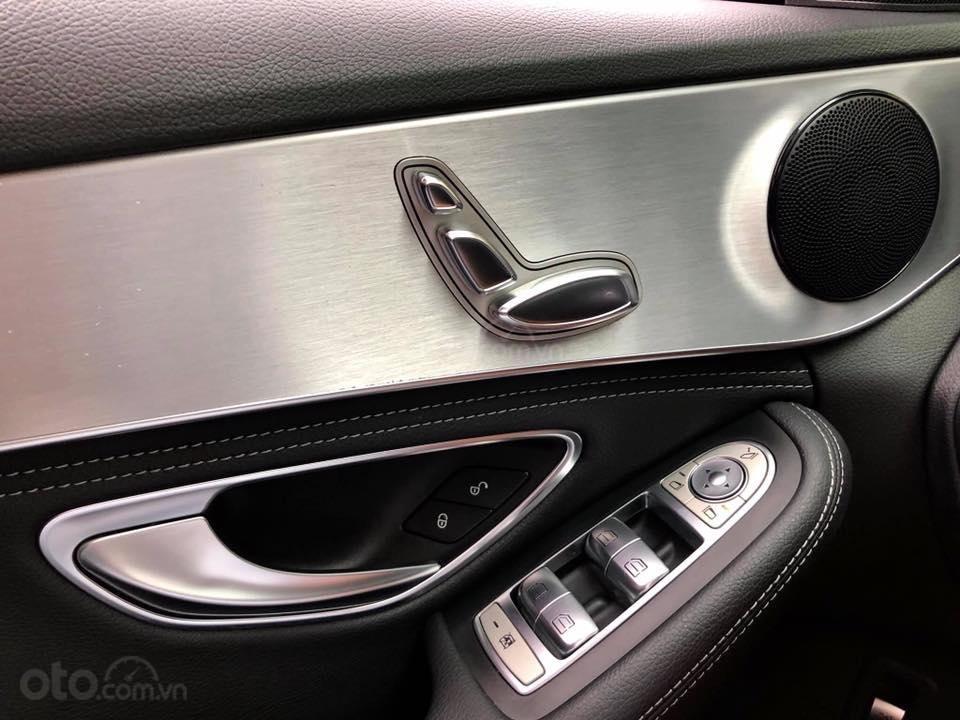 Bán Mercedes C200 màu đen sản xuất 2015 đăng ký biển Hà Nội-10
