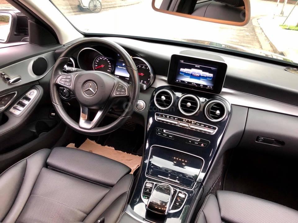 Bán Mercedes C200 màu đen sản xuất 2015 đăng ký biển Hà Nội-11