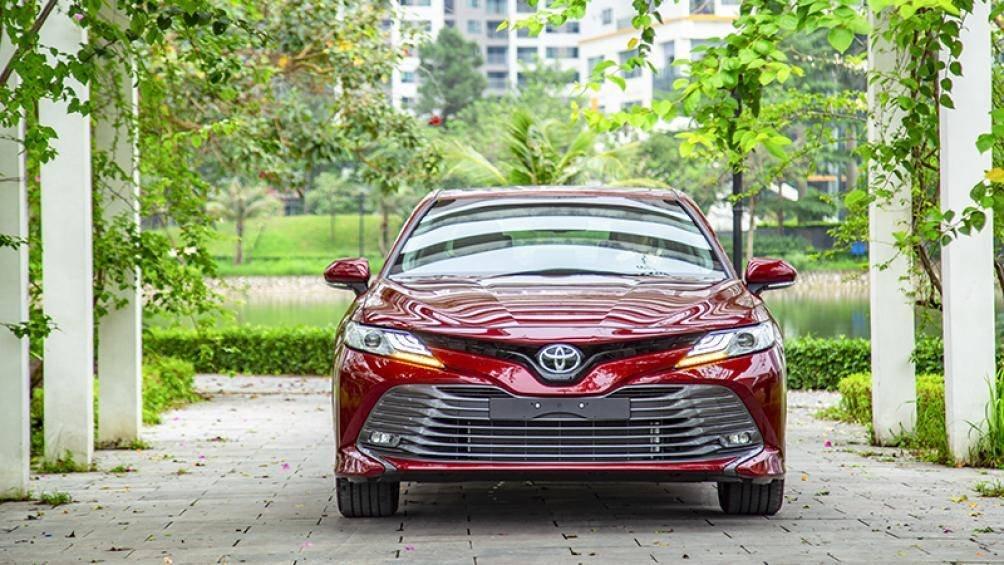 Ảnh thực tế Toyota Camry 2019 trước ngày ra mắt Việt Nam a1
