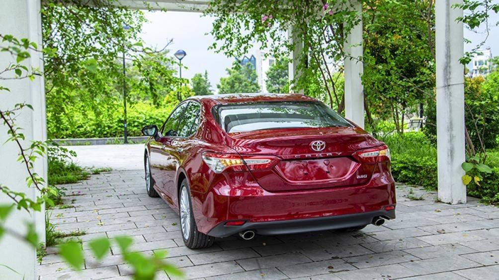 Ảnh thực tế Toyota Camry 2019 trước ngày ra mắt Việt Nam a7