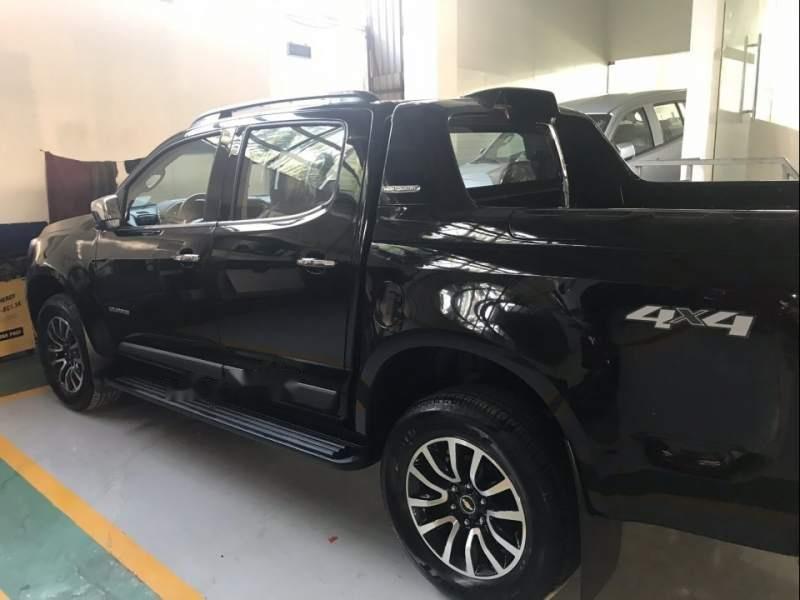 Cần bán xe Chevrolet Colorado đời 2018, màu đen, xe nhập, giá 605tr (1)