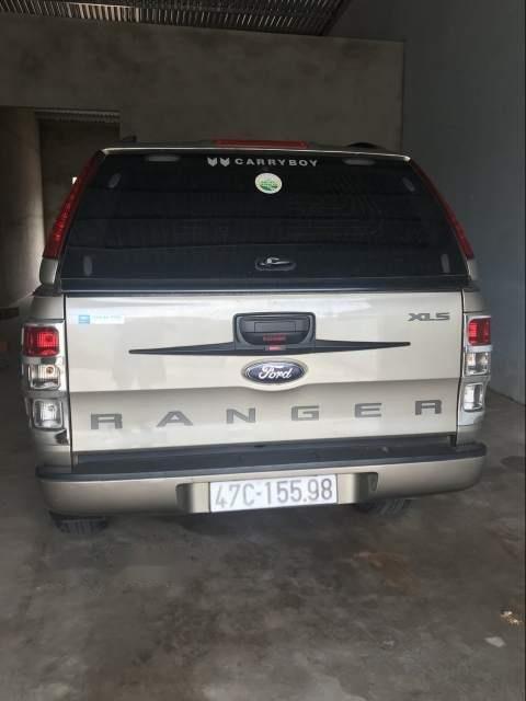Bán Ford Ranger đời 2016 xe gia đình, giá chỉ 550 triệu-3