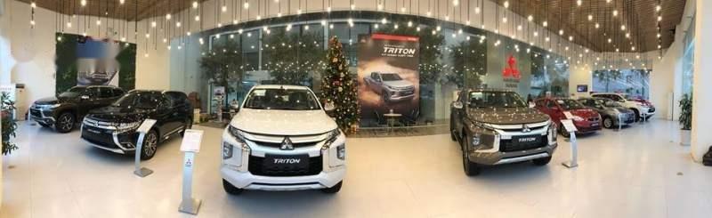 Bán Mitsubishi Triton đời 2019, màu trắng, xe nhập-2