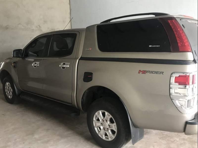 Bán Ford Ranger đời 2016 xe gia đình, giá chỉ 550 triệu-4