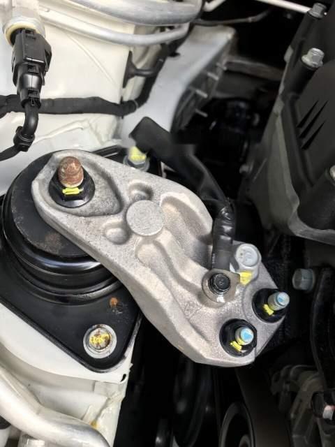 Bán Hyundai Avante 2013, xe nhập, số tự động chính chủ sử dụng còn mới, động cơ ổn định (2)