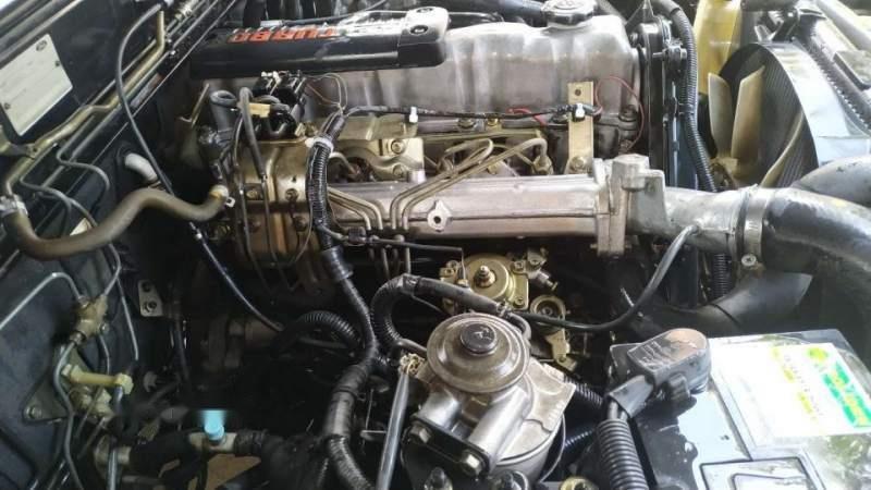 Cần bán xe Ford Everest năm 2006, màu đen, nhập khẩu-3