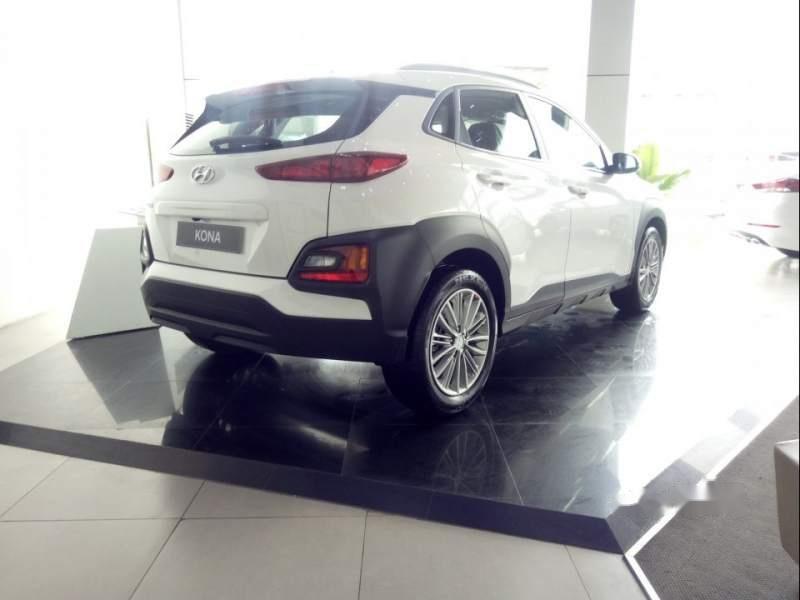 Bán Hyundai Kona đời 2019, màu trắng, 615 triệu-1