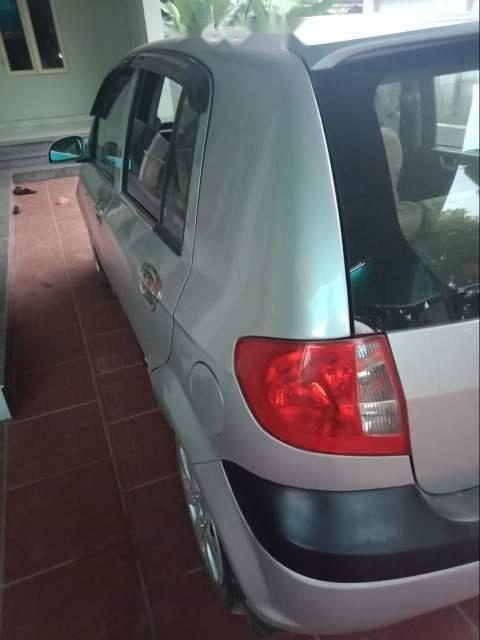 Cần bán Hyundai Getz 2010, màu bạc, xe nhập, giá chỉ 182 triệu-3