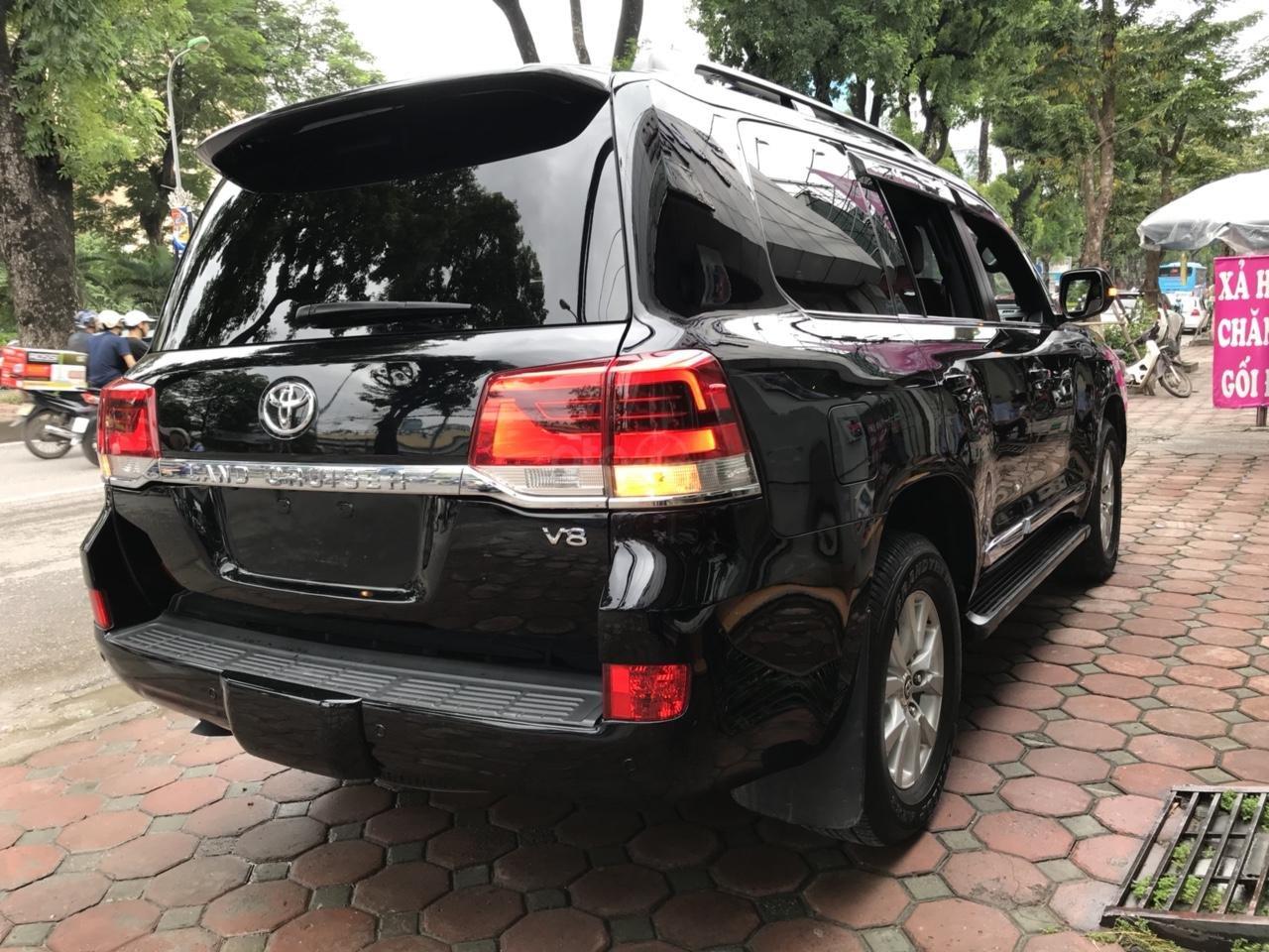 MT Auto bán Toyota Land Cruiser V8 5.7 SX 2016, xe mới 100% màu đen, xe nhập Mỹ nguyên chiếc - LH em Hương 0945392468-3